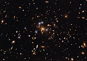 """Hubble captures a """"five-star"""" rated gravitational lens"""