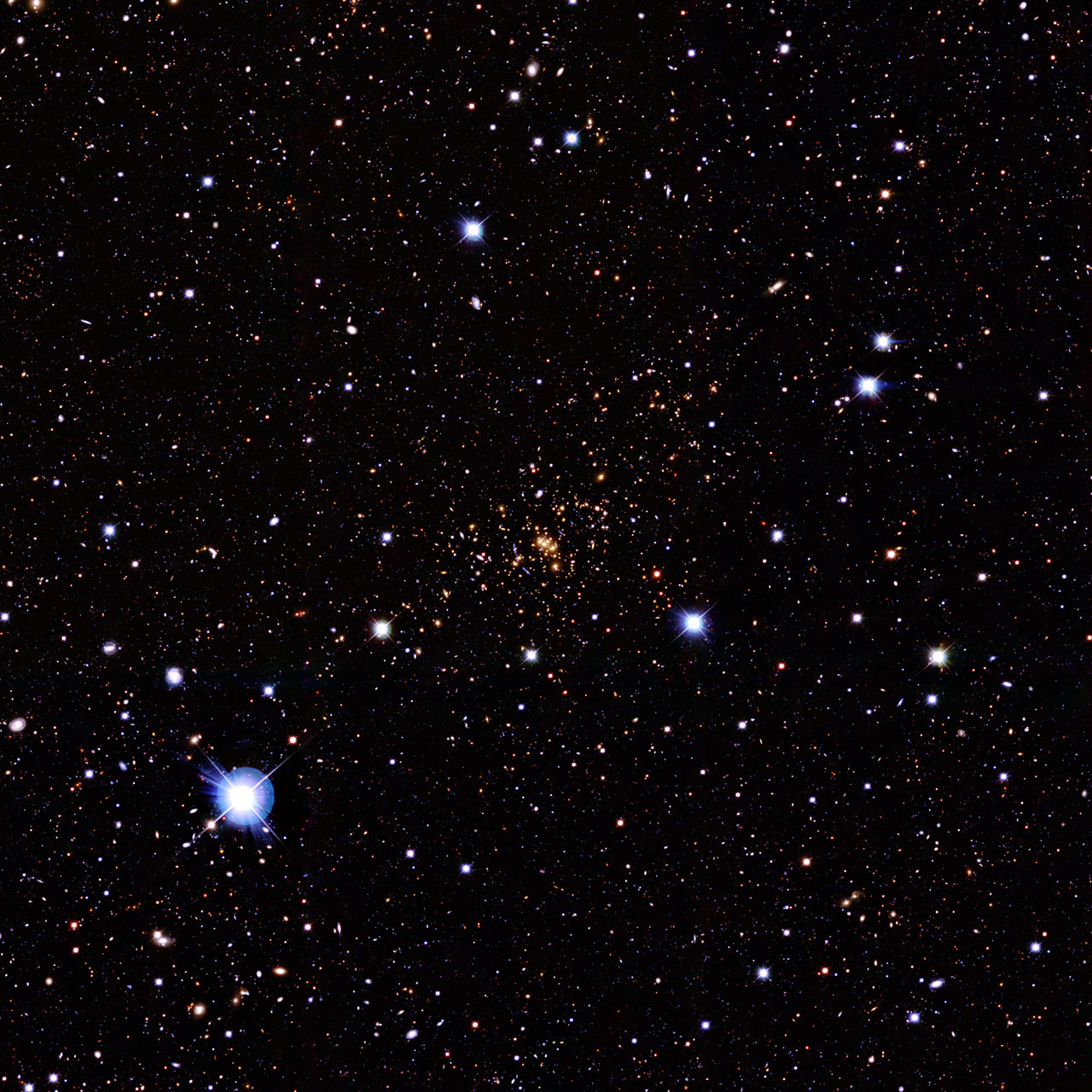 Ground-based image of the galaxy cluster CL0024+1654