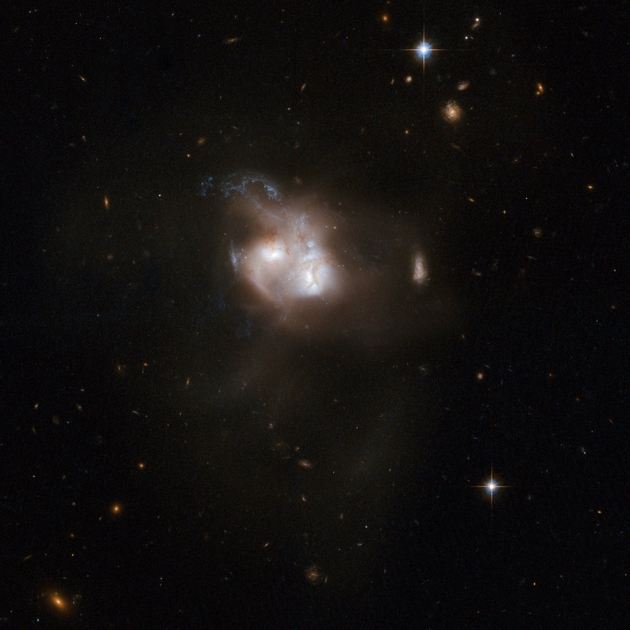 NGC 5256
