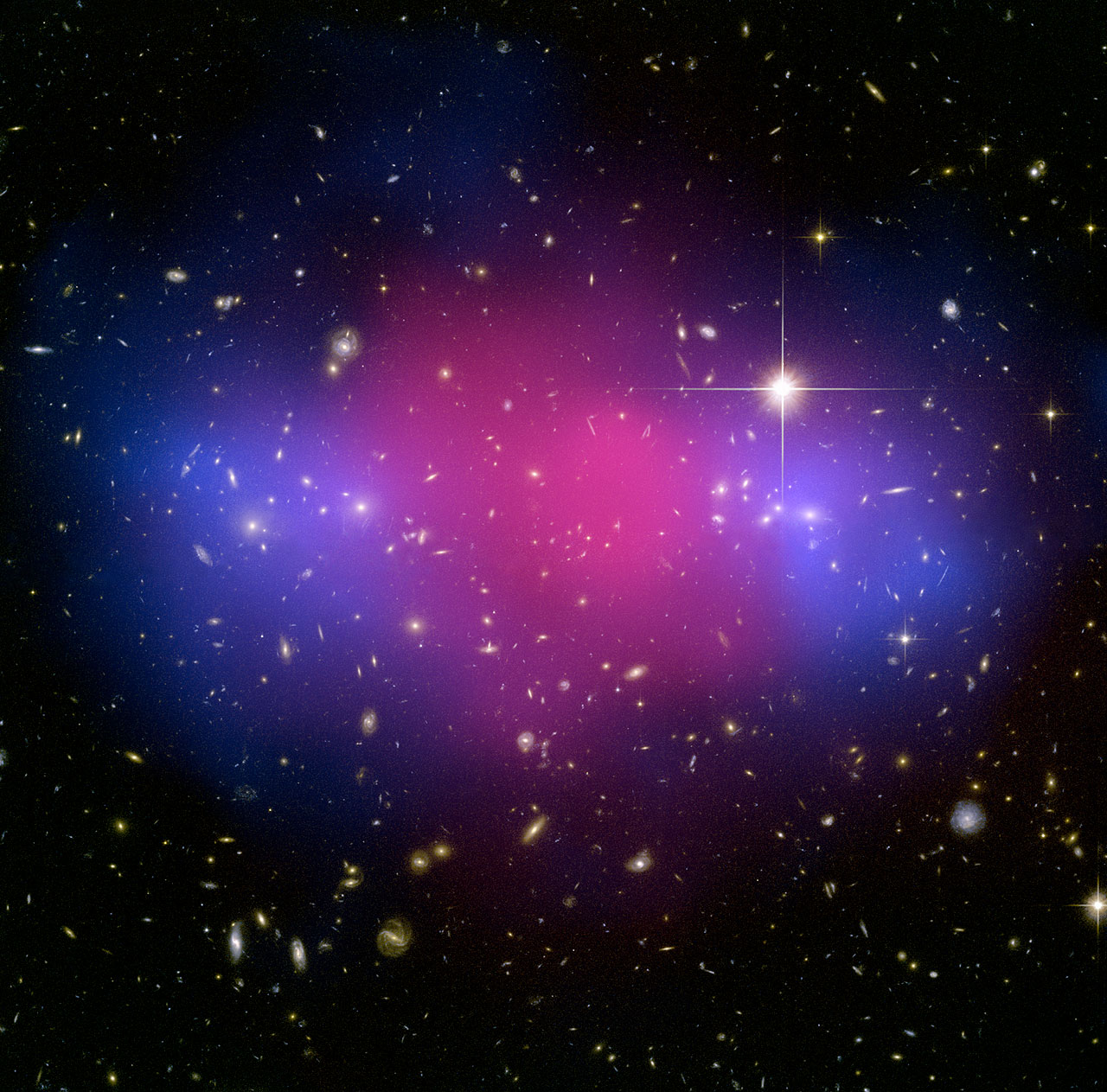 Hubble and Chandra composite of the galaxy cluster MACS J0025.4-1222