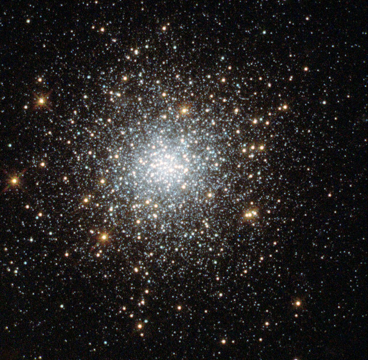 Globular Cluster Fornax 5 Esa Hubble