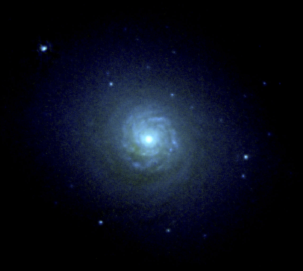 NGC 7257: Spiral Disk and Globular Star Clusters at the Core of a Colliding Galaxy
