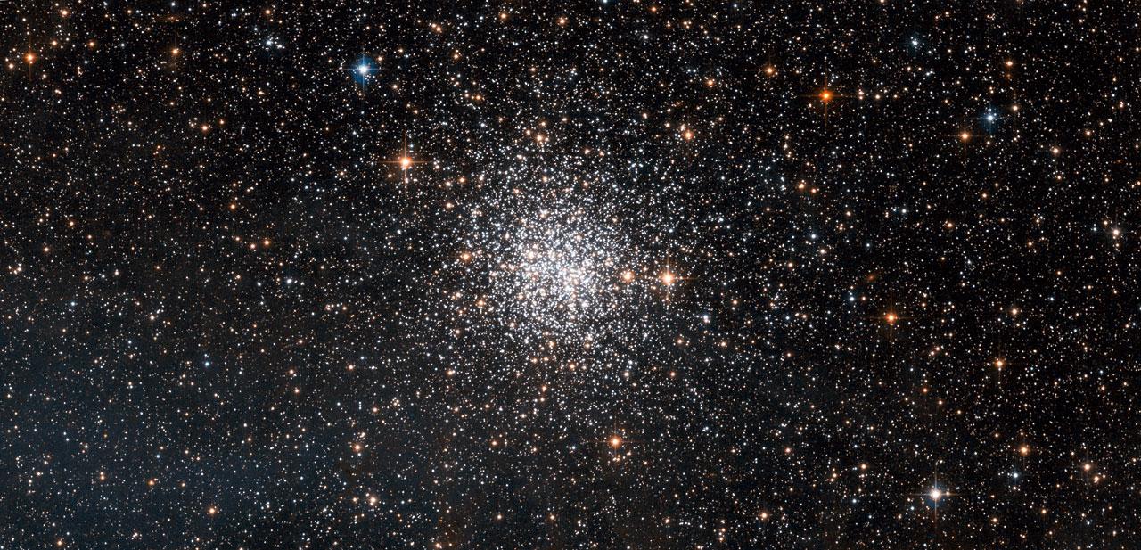 Ngc 1872 Open Or Globular Cluster Esa Hubble