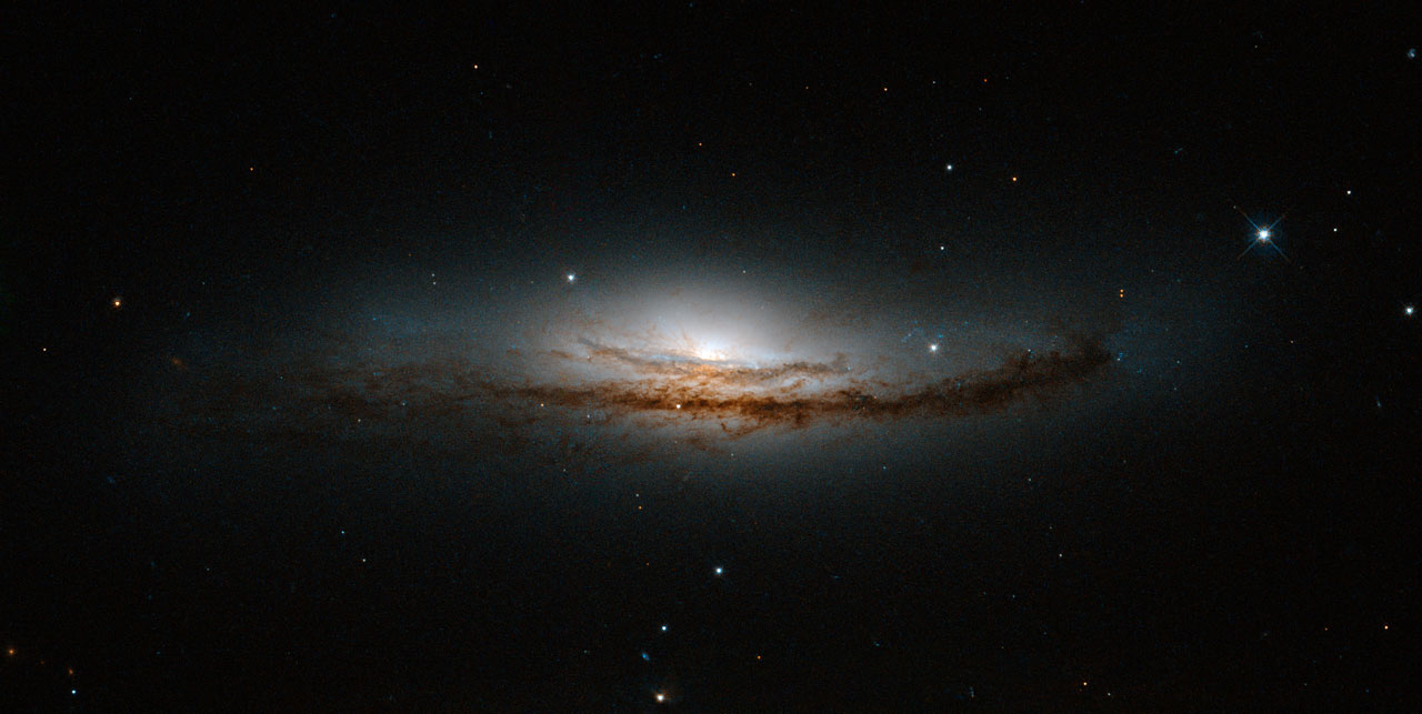Secrets at the heart of NGC 5793