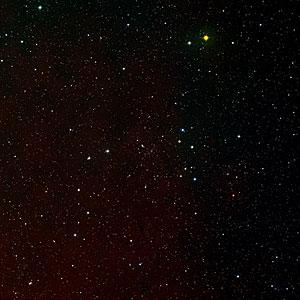 Digitized Sky Survey 2 wide-angle image of Abell 2218 (ground-based image)