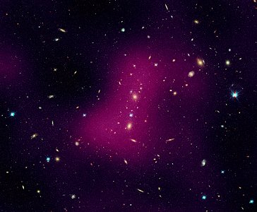 Hubble maps dark matter web in a large galaxy cluster (individual image 2)
