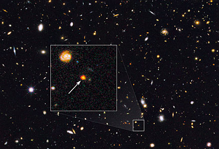 Distant galaxy core in the Hubble GOODS North field