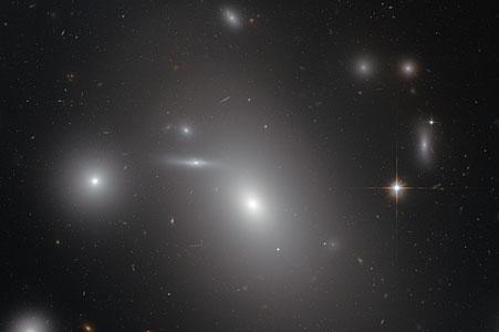 The sleeping giant NGC 4889