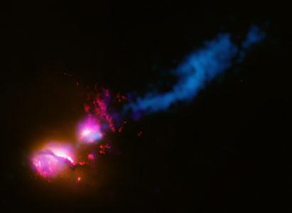 """""""Death star"""" galaxy black hole fires at neighboring galaxy"""