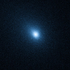 Hubble probes comet 103P/Hartley 2 in preparation for DIXI/EPOXI flyby