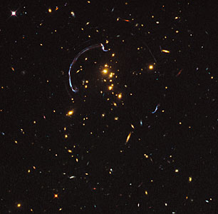 Galaxy cluster RCS2 032727-132623 (uncropped)