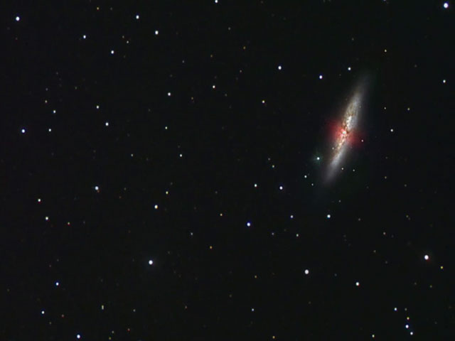 Ground-based overview of galacies Messier 81 and 82, zooming in on M82