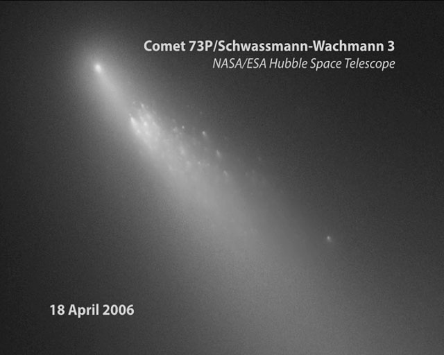 The ongoing process of the destruction of Comet 73P/Schwassmann-Wachmann 3 [annotated]