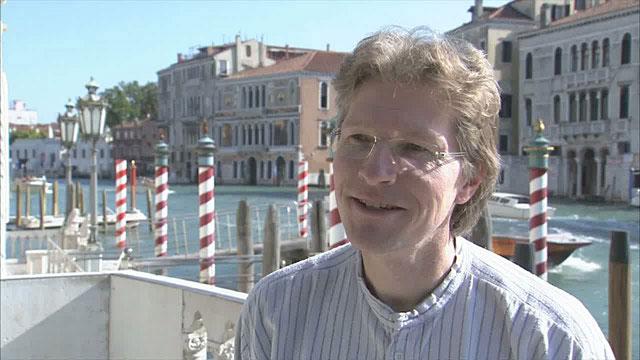 Bruno Leibundgut talks about collaboration between Hubble and ground-based telescopes