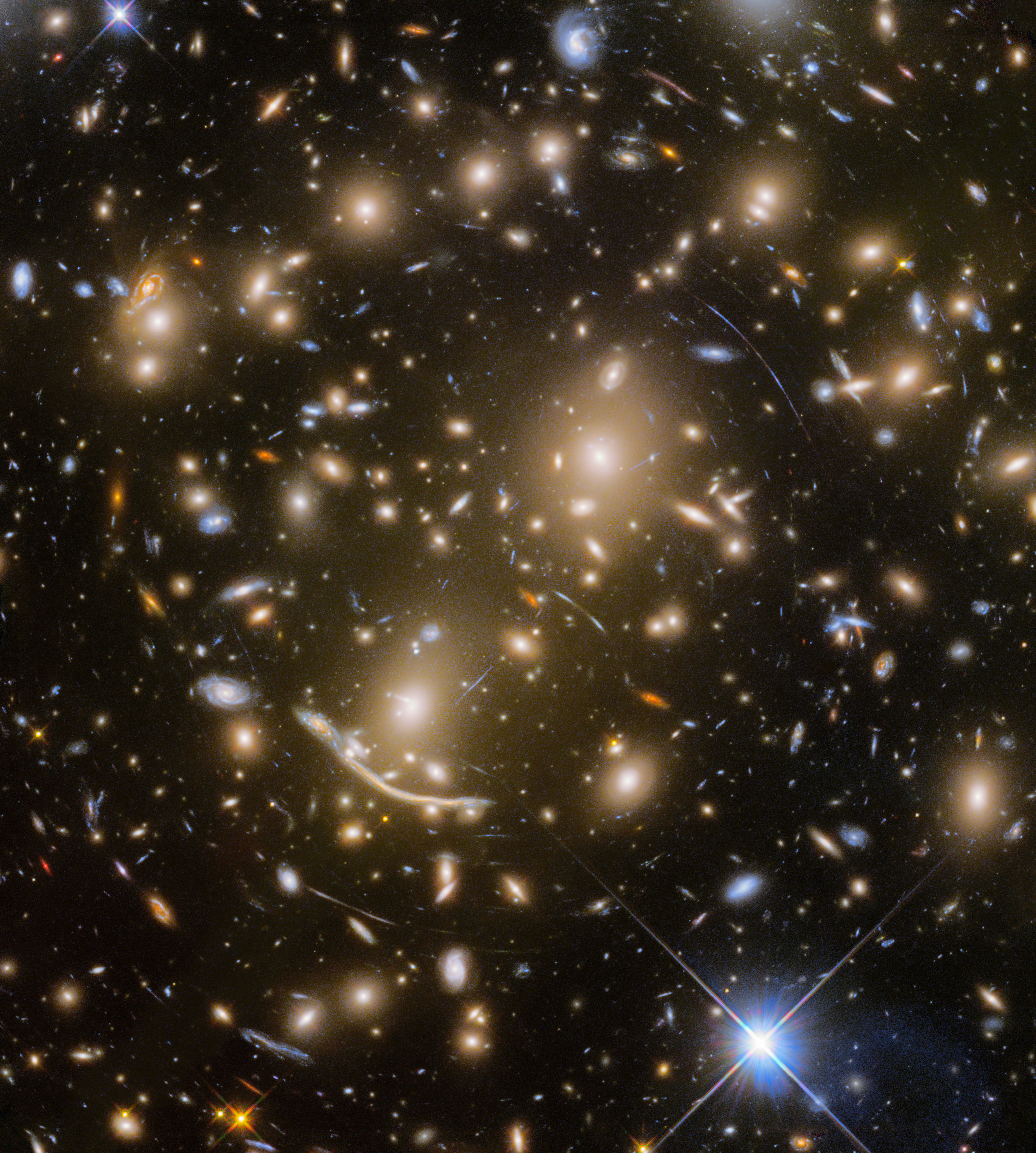 The Last Of The Frontier Fields Abell 370 Esa Hubble