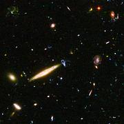 Hubble reveals galactic drama [image 2]