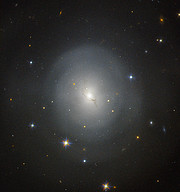NGC 4993 seen with Hubble