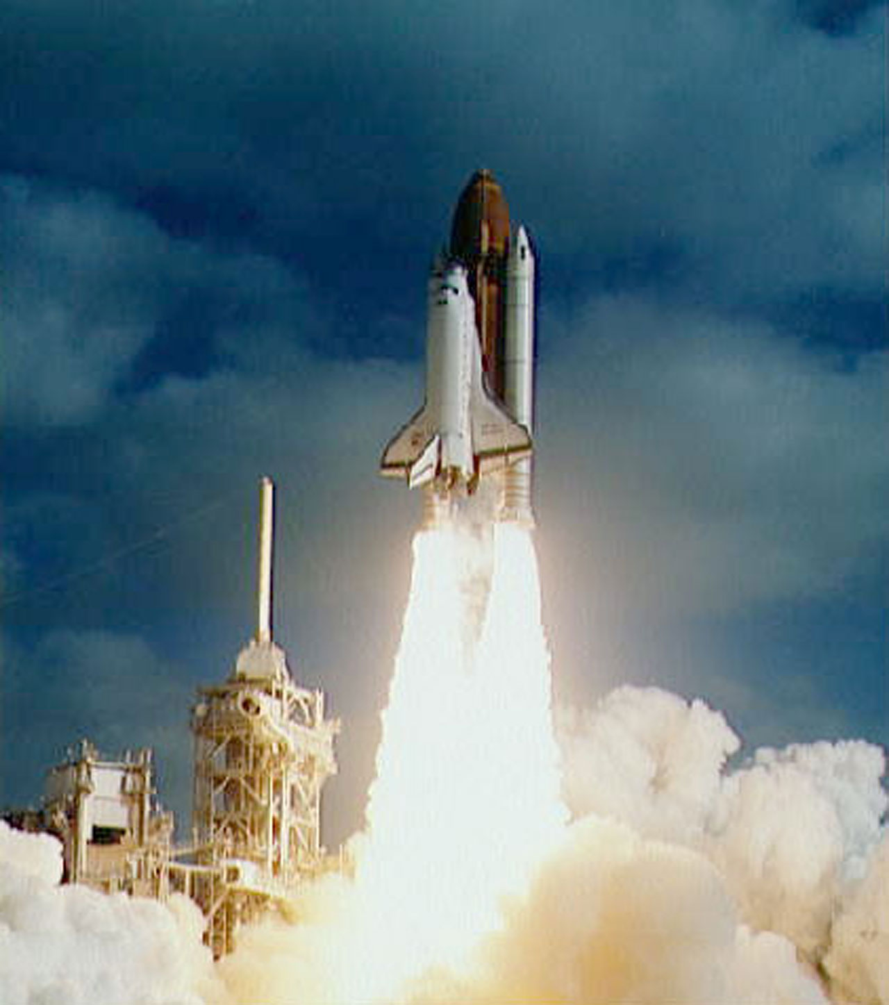 Launch of Space Shuttle for the deployment of the NASA/ESA ...