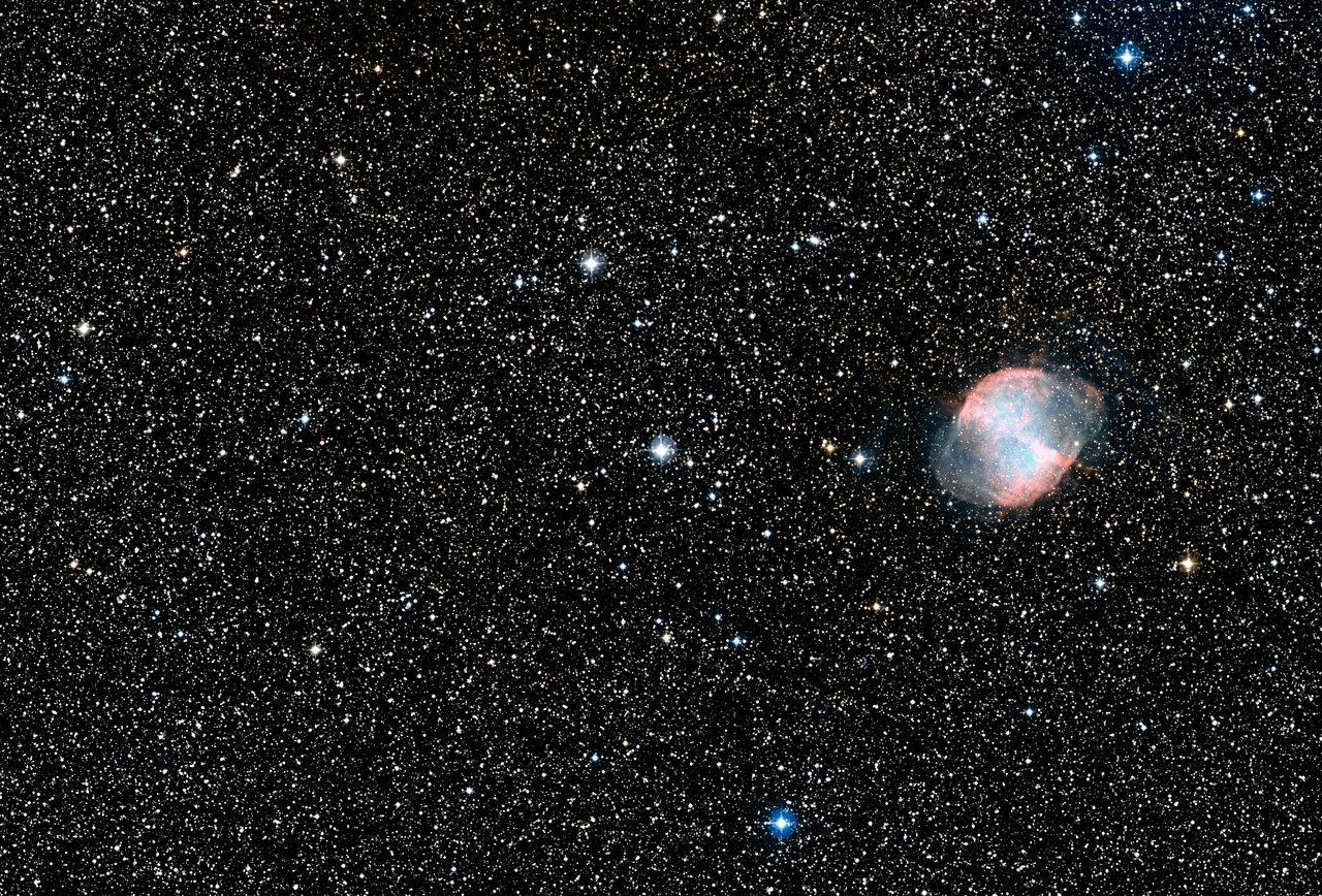 Hubble spots azure blue planet | ESA/Hubble