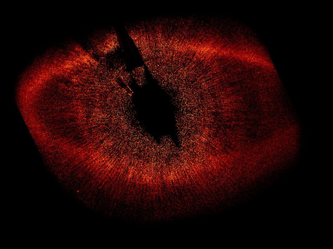 Hubble directly observes planet orbiting Fomalhaut | ESA ...