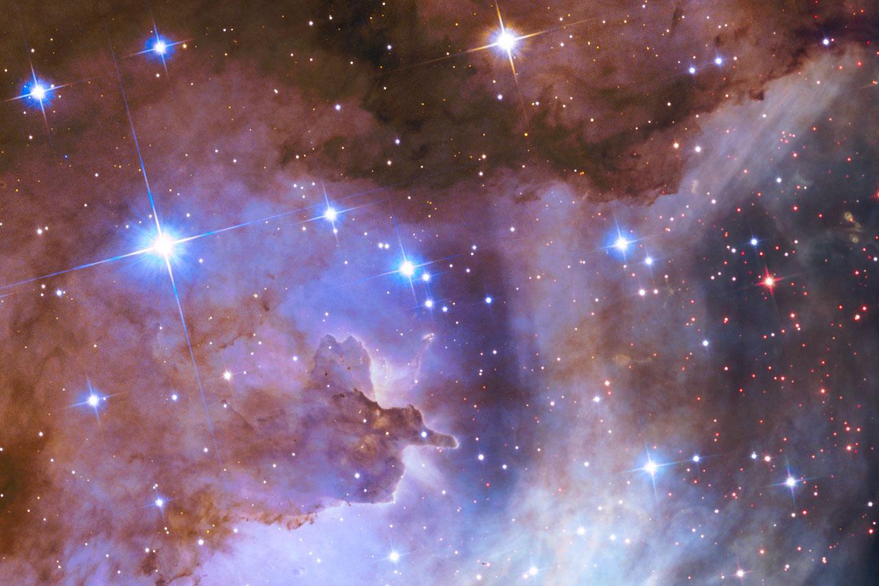 Celestial fireworks celebrate Hubble's 25th anniversary ...