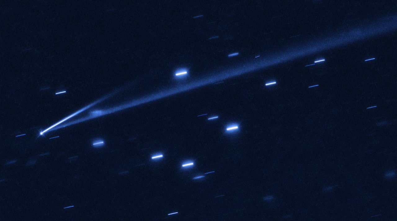 Science Release: Hubble Captures Rare Active Asteroid