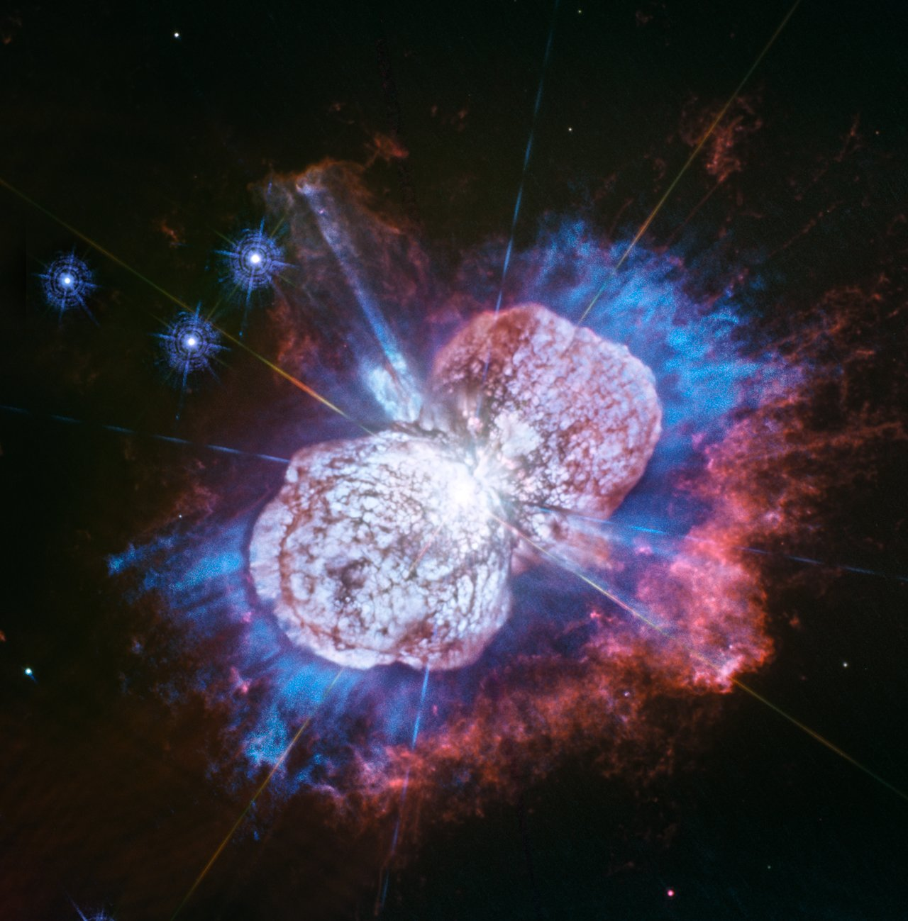 Photo Release: Hubble Captures Cosmic Fireworks in Ultraviolet