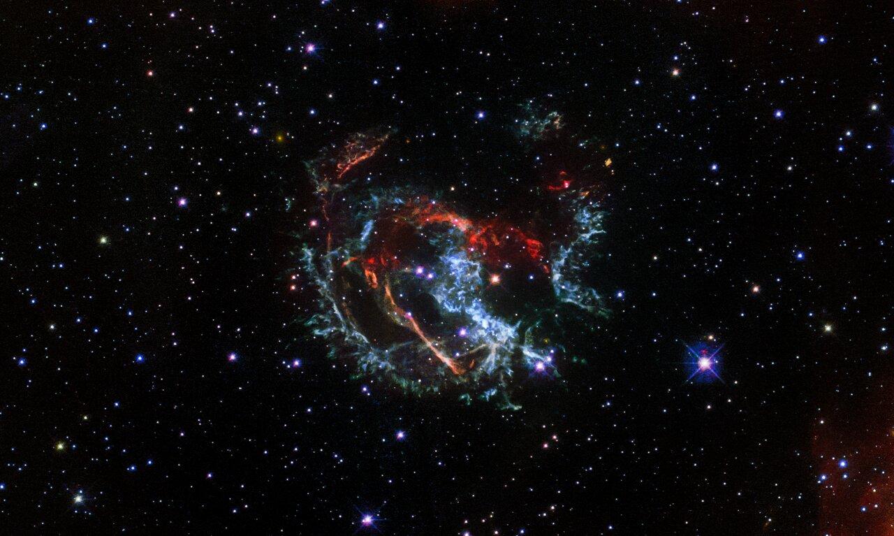 Photo Release: Hubble Pinpoints Supernova Blast