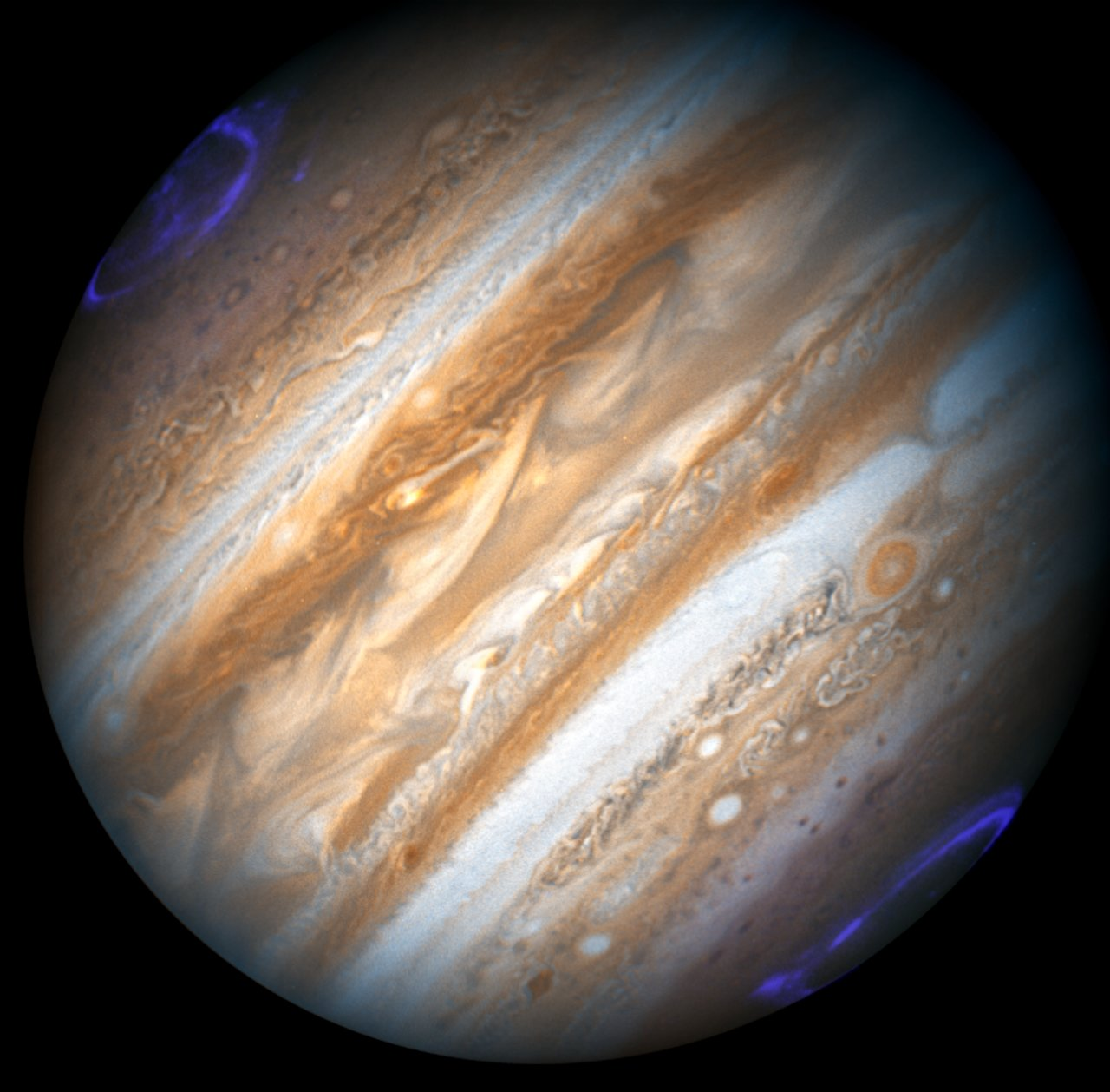 hubble monitors jupiter in support of the new horizons flyby esa