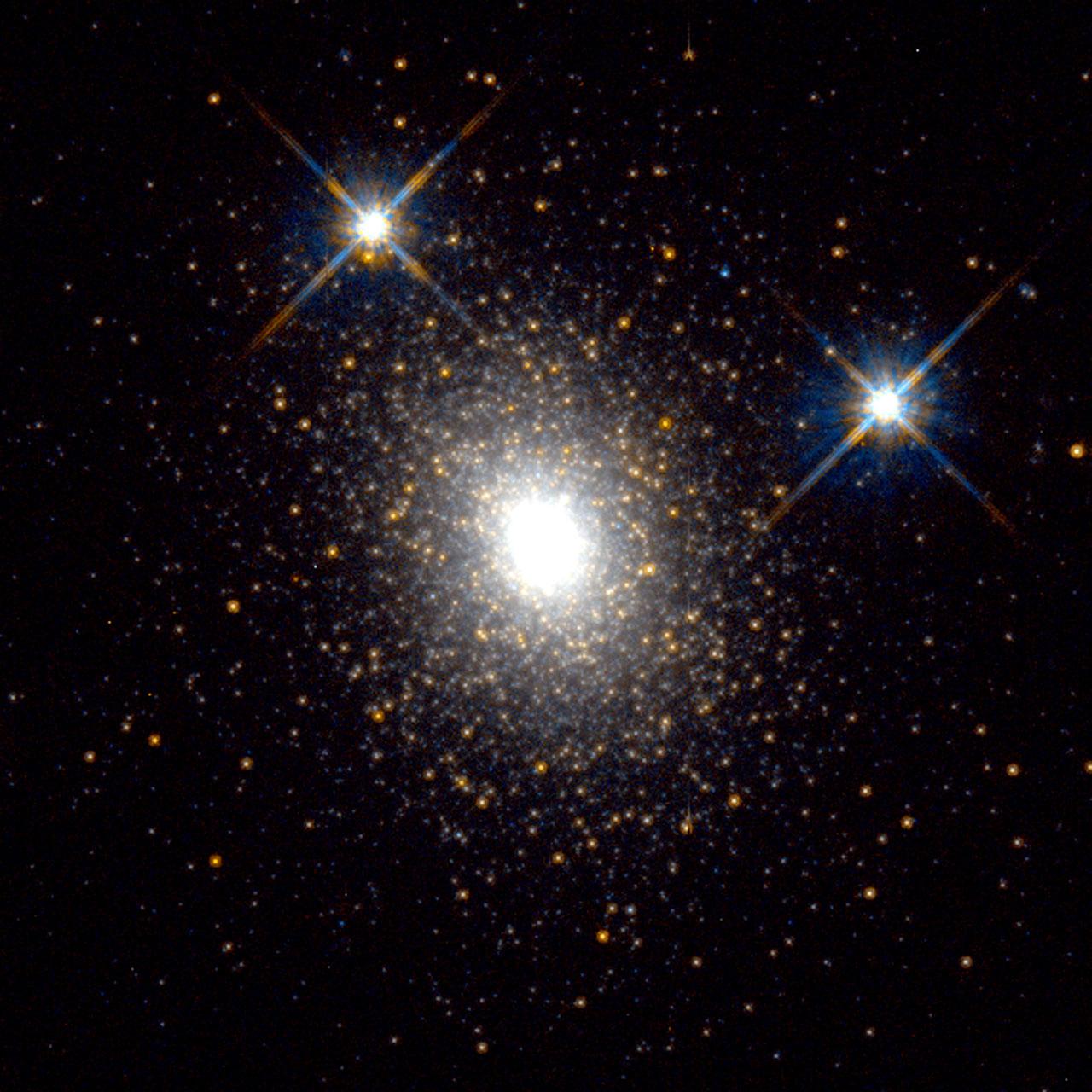 Globular Cluster in the Andromeda Galaxy | ESA/Hubble