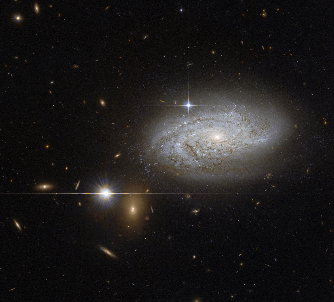 A cosmological measuring tape | ESA/Hubble