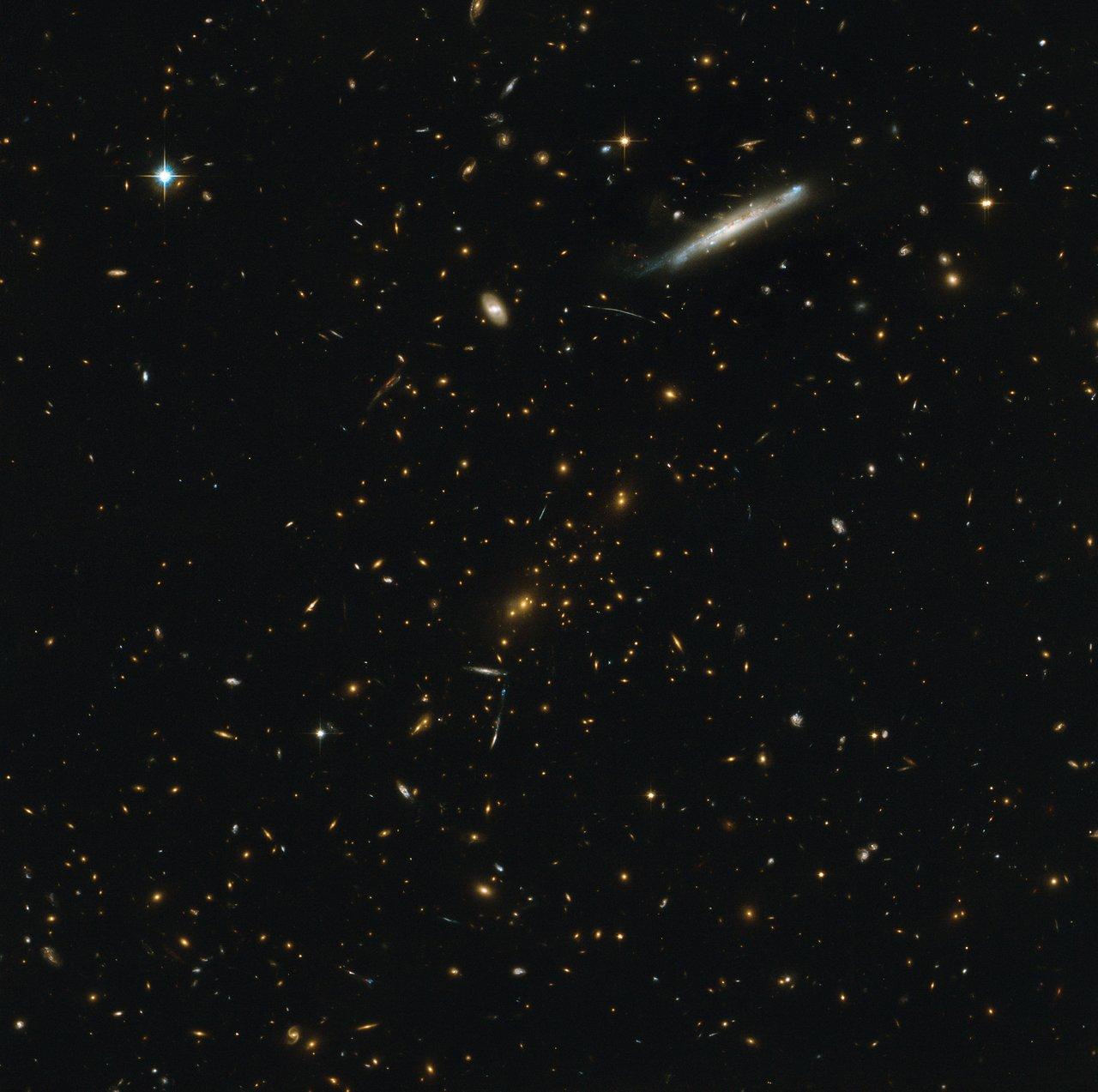 Galaxy cluster RCS2 J2327