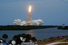 Space Shuttle Atlantis heads for Hubble