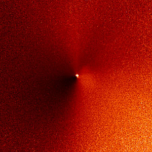 Hubble captures outburst from comet targeted by Deep Impact (07:17 UT image)