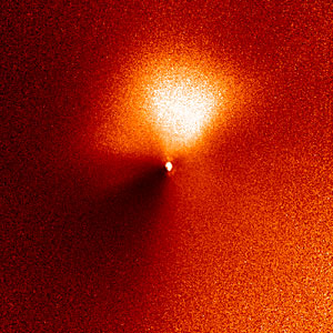 Hubble captures outburst from comet targeted by Deep Impact (14:15 UT image)