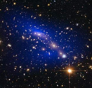 Galaxy cluster MACS J0416.1–2403 with dark matter map
