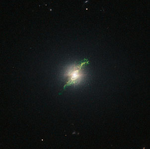 Hubble view of green filament in galaxy Mrk 1498