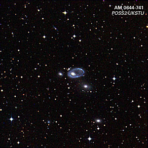 Digitized Sky Survey Image of AM 0644-741 (ground-based image)