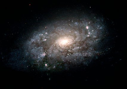 Hubble Images Majestic Cousin of the Milky Way