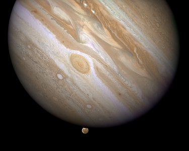 Constituent image for Jupiter/Ganymede compass and scale image