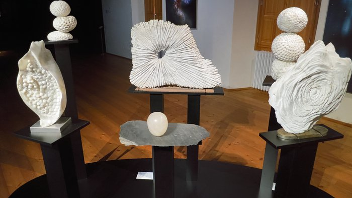 Sculptures of Our Place in Space in Chiavenna