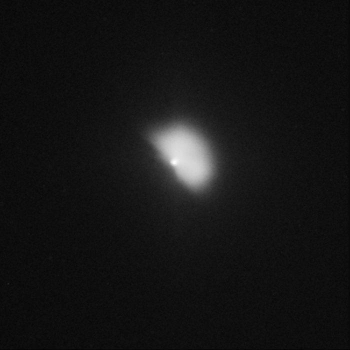 Hubble captures Deep Impact's collision with a comet (view 64 minutes after impact)