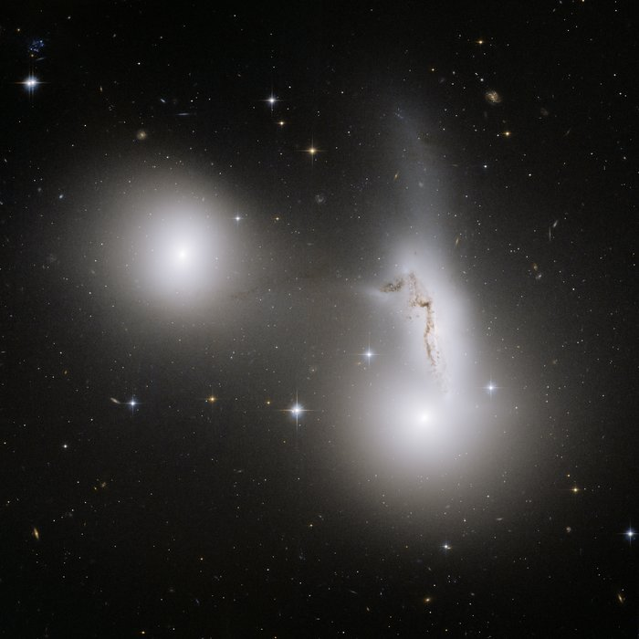 Trio of galaxies mixes it up