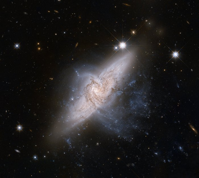 Hubble view of NGC 3314