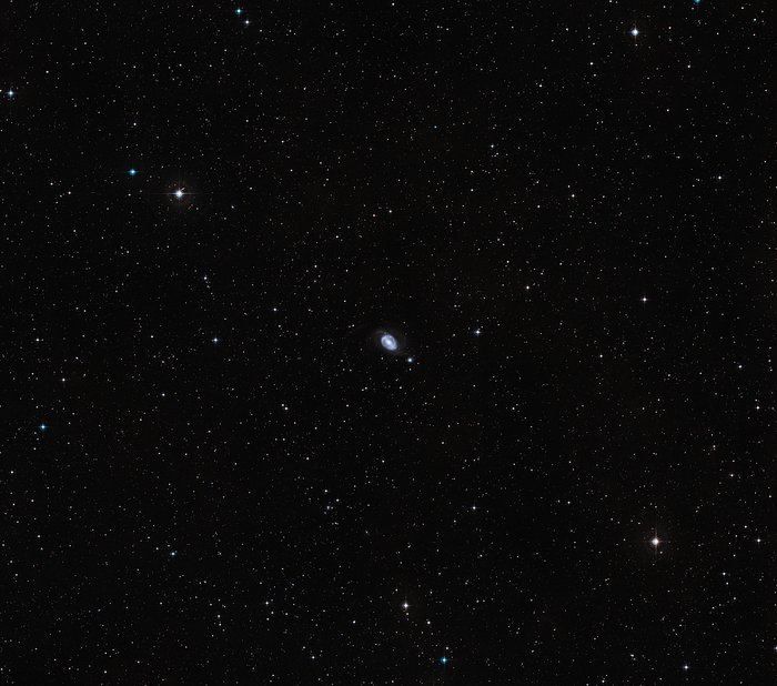 Wide-field view of NGC 1510 and NGC 1512 (ground-based view)