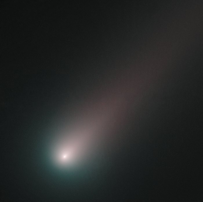 Hubble's last look at Ccomet ISON before perihelion