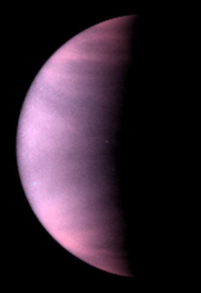 Venus cloud tops viewed by Hubble