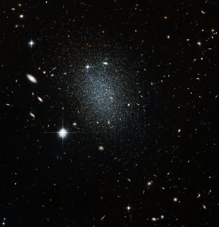 Astronomical vision test
