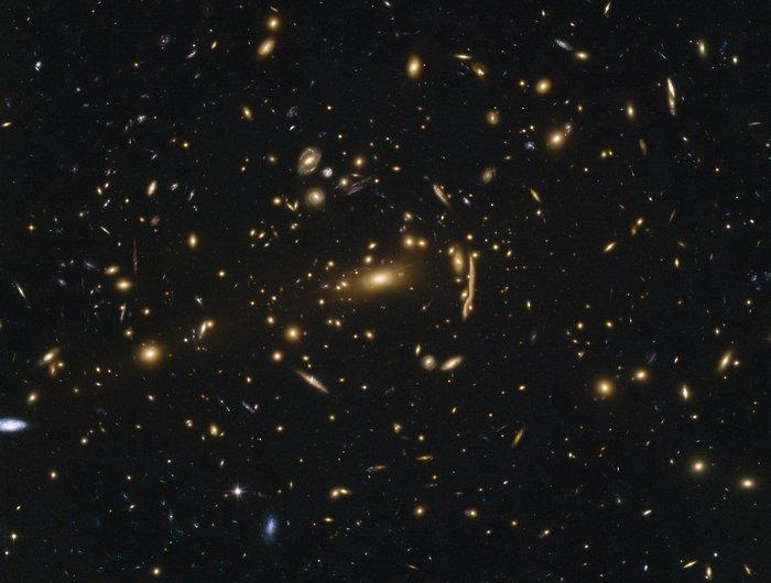 Galaxy cluster MACSJ1206