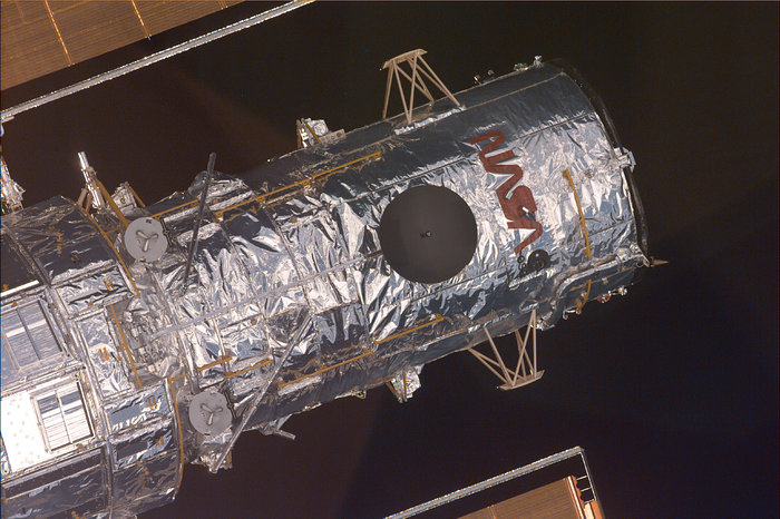 Pre-Grapple Close-Up Image of Hubble